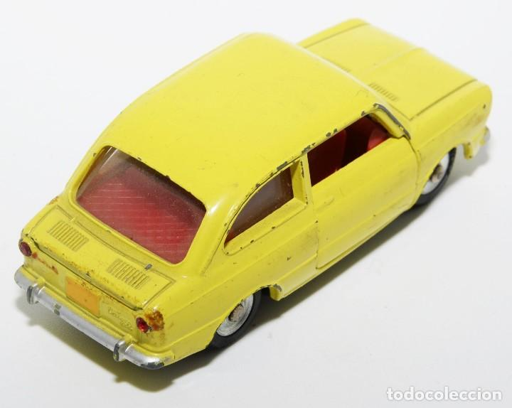 Coches a escala: DINKY TOYS 509 - FIAT 850 AMARILLO - INTERIOR ROJO - AÑOS 60 - CON CAJA - Foto 6 - 120190631