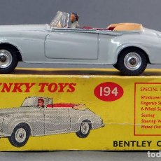 Coches a escala: BENTLEY COUPE DINKY TOYS MADE IN ENGLAND CON CAJA 194 1/43 AÑOS 60. Lote 120423179