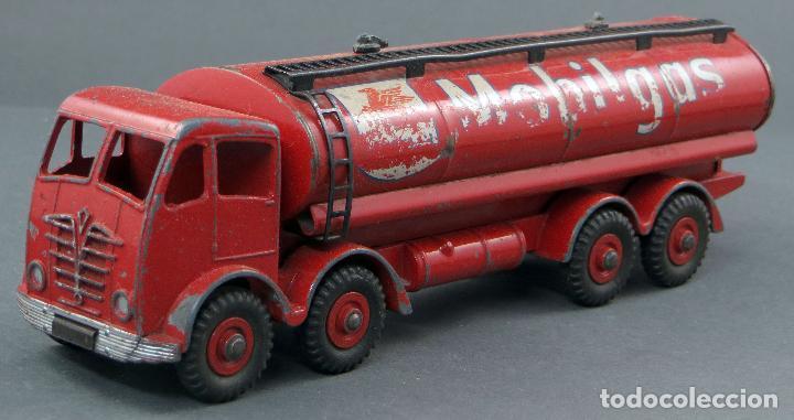 Coches a escala: Cisterna Mobilgas Foden 14 Ton Tanker Dinky SuperToys Made in France con caja 941 1/43 años 60 - Foto 4 - 120534103