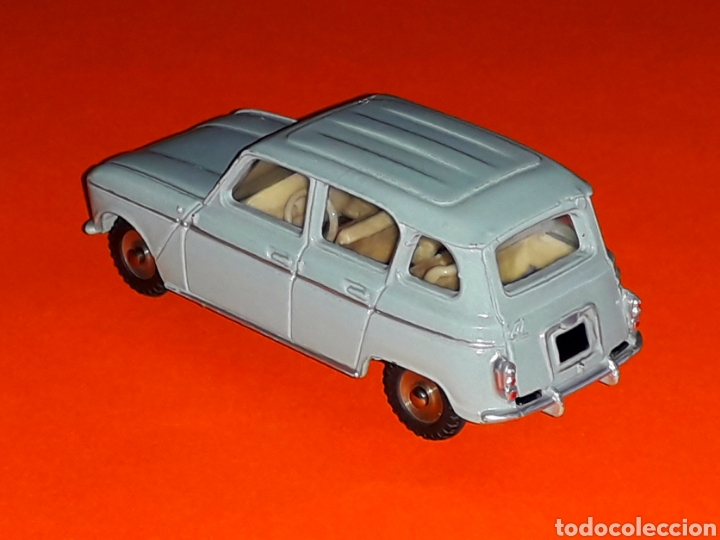 Coches a escala: Renault 4 4L ref. 518, metal esc. 1/43, Dinky Toys made in France, original año 1960. - Foto 2 - 126918567