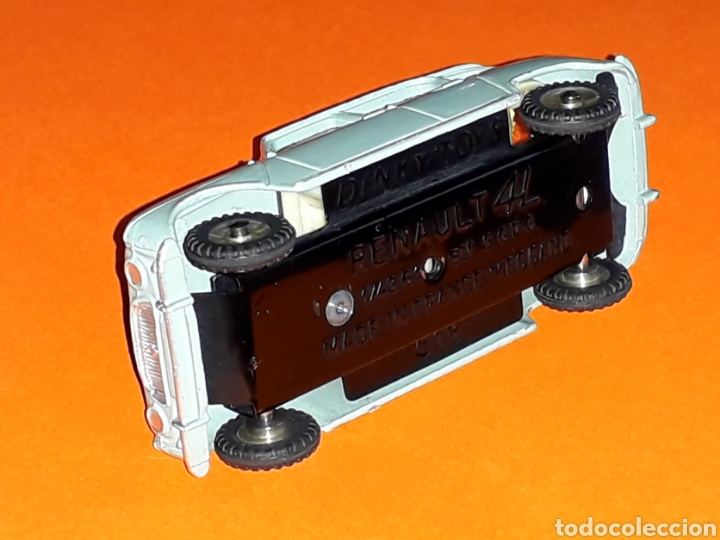Coches a escala: Renault 4 4L ref. 518, metal esc. 1/43, Dinky Toys made in France, original año 1960. - Foto 5 - 126918567