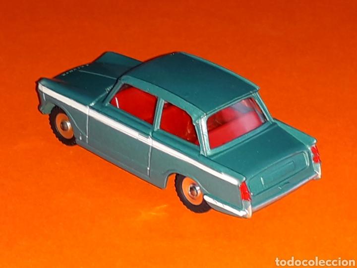 Coches a escala: Triumph Vitesse ref. 134, metal esc. 1/43, Dinky Toys made in England, original año 1964. - Foto 2 - 126919547