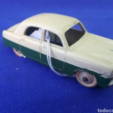 Coches a escala: DINKY TOYS FORD ZEPHYR. Lote 129356914