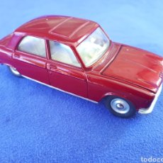 Coches a escala: DINKY TOYS PEUGEOT 204. Lote 129361339