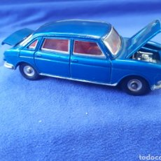 Coches a escala: DINKY TOYS AUSTIN 1800. Lote 129382176
