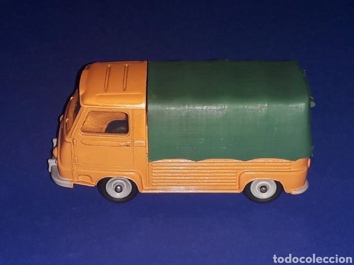 Coches a escala: Renault Estafette Pick-Up ref. 563, metal esc. 1/43, Dinky Toys made in France, original año 1960. - Foto 2 - 133294038