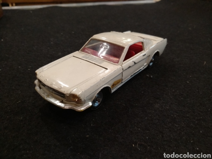 FORD MUSTANG DINKY TOYS 161. 1:43 (Juguetes - Coches a Escala 1:43 Dinky Toys)