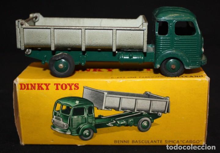 DINKY TOYS, BENNE BASCULANTE SIMCA CARGO. REF. 33 B (Juguetes - Coches a Escala 1:43 Dinky Toys)