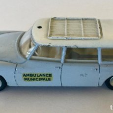 Coches a escala: DINKY TOYS CITROËN BREAKID 19 AMBULANCIA MUNICIPAL – GRIS - VINTAGE 1963 MECCANO FRANCE. Lote 155637402
