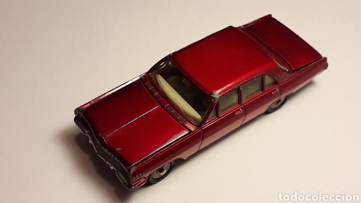 Coches a escala: Opel Admiral ref. 513, metal esc. 1/43, Dinky Toys Poch (Spain) made in France, original años 60. - Foto 2 - 166575794