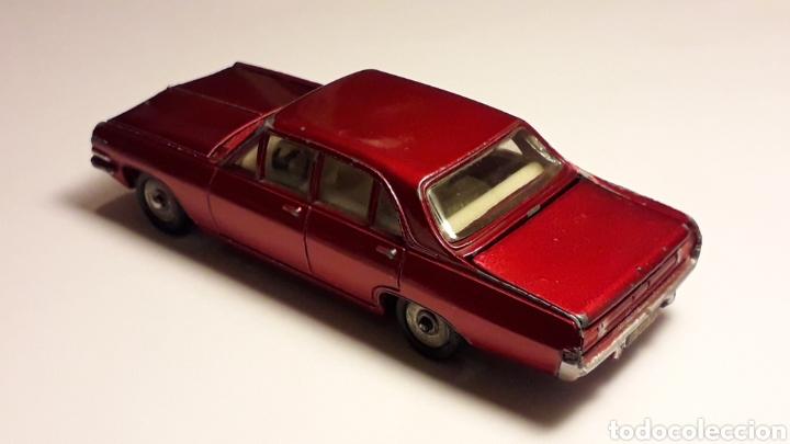 Coches a escala: Opel Admiral ref. 513, metal esc. 1/43, Dinky Toys Poch (Spain) made in France, original años 60. - Foto 4 - 166575794