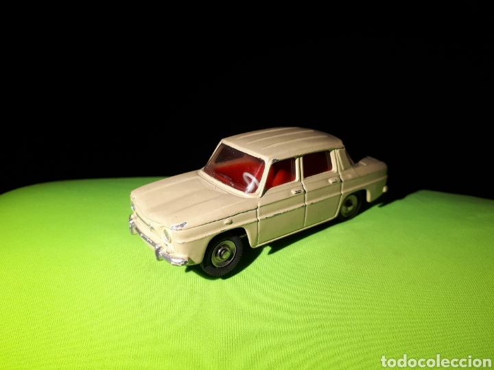 DINKY TOYS RENAULT 8 R8 (Juguetes - Coches a Escala 1:43 Dinky Toys)