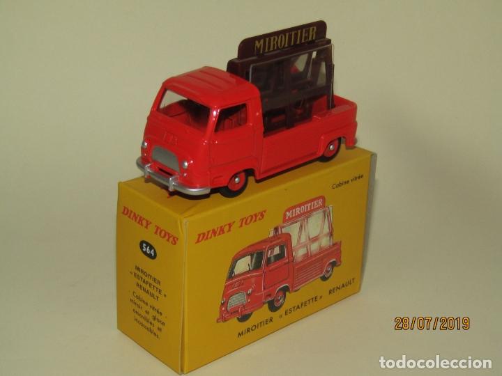 RENAULT ESTAFETTE PICK UP TRANSPORTE DE CRISTALES Y ESPEJOS DE DINKY TOYS EDICIÓN ATLAS MATTEL (Juguetes - Coches a Escala 1:43 Dinky Toys)
