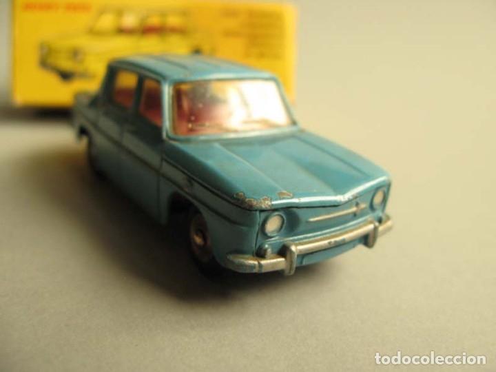 Coches a escala: Dinky Toys RENAULT R8 Nº 517 + caja. ORIGINAL.AÑO APROX 1960 - Foto 2 - 181970898