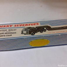 Coches a escala: DINKY SUPERTOYS REF 890 TRATEUR BERLIET EN CAJA. Lote 190381723
