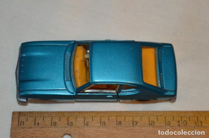 Coches a escala: DINKY TOYS - FORD CAPRI / Azul metalizado - ESCALA 1/43 - MADE IN ENGLAND - DIE CAST - ¡Mira! - Foto 10 - 191629566
