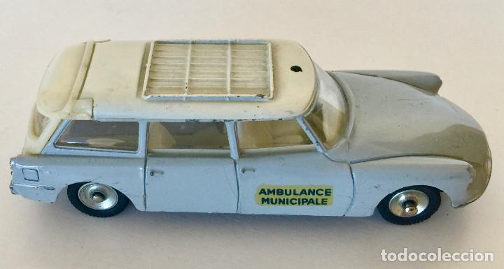 Coches a escala: DINKY TOYS CITROEN BREAKID 19 AMBULANCIA MUNICIPAL – GRIS - VINTAGE 1963 MECCANO FRANCE - Foto 2 - 192909362