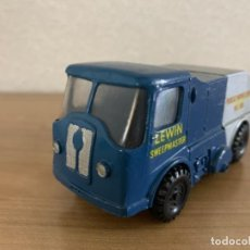 Coches a escala: BUDGIE TOYS ESCALA 1:43 LEWIN SWEEPMASTER NUM 300. Lote 197390972