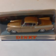 Auto in scala: DINKY MATCHBOX COMMER 8 1948 EN CAJA. Lote 197765520