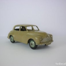 Auto in scala: DINKY Nº40G MORRIS OXFORD. AÑOS 1950/1954.. Lote 196275767