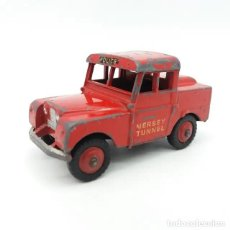 Coches a escala: LAND ROVER SERIES 1 MERSEY TUNNEL POLICE DINKY REFERENCIA 255. Lote 212424476