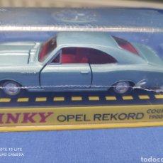 Coches a escala: DINKY TOYS ATLAS OPEL REKORD 1900 COUPÉ , 1/43, REEDICIÓN. NUEVO Y EN CAJA. Lote 218692053