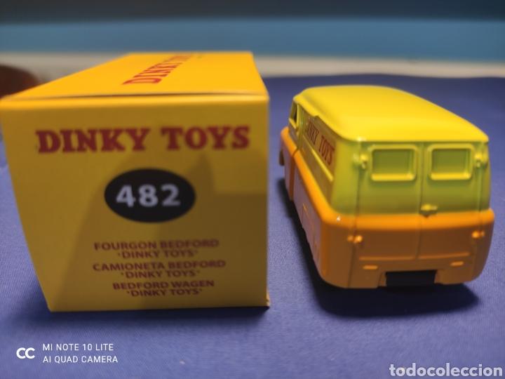 Coches a escala: DINKY TOYS ATLAS BEDFORD VAN DINKY TOYS 1/43, REEDICIÓN. NUEVO Y EN CAJA - Foto 3 - 218833363