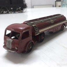 Carros em escala: TRACTOR CISTERNA PANHARD/ DINKY TOYS MECCANO REF 32 C. Lote 220932195