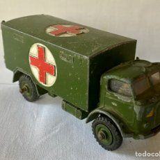 Coches a escala: DINKY TOYS MILITARY AMBULANCE (AMBULANCIA MILITAR) MECCANO ITD 626 MADE IN ENGLAND. Lote 222420403