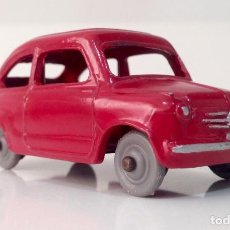 Coches a escala: FIAT 600 DINKY TOYS. Lote 224531147