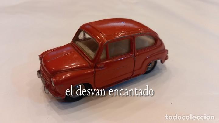 FIAT 600 DINKY TOYS. ESC: 1/43 (Juguetes - Coches a Escala 1:43 Dinky Toys)