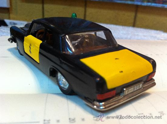 Coches a escala: MERCEDES 250 Coupe TAXI de BARCELONA de AUTO PILEN. - Foto 3 - 32972383