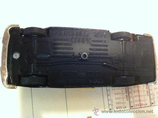 Coches a escala: MERCEDES 250 Coupe TAXI de BARCELONA de AUTO PILEN. - Foto 5 - 32972383