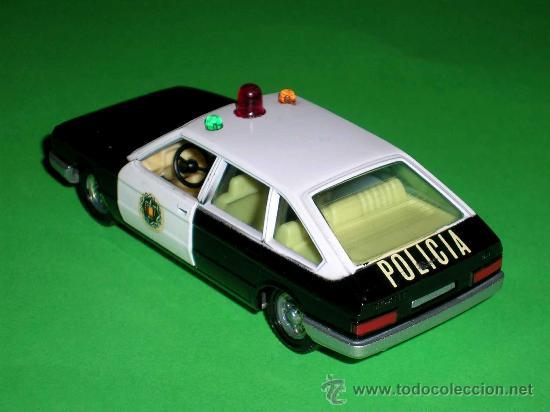 Coches a escala: Chrysler 150 policía, fabricado en metal, escala 1/43, Pilen. Original años 70. Excelente. - Foto 3 - 36648441