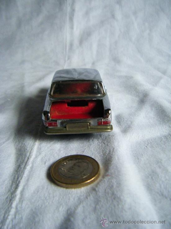 Coches a escala: MERCEDES 250 COUPE - AUTO PILEN - METAL - PLATEADO - PLATA - Foto 6 - 38780205