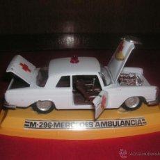 Model Cars - COCHE PILEN -MERCEDES AMBULANCIA- ESCALA 1:43 - 40463041