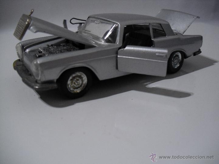 Coches a escala: Auto Pilen , Mercedes 250 coupe,Esc 1/43 - Foto 5 - 40704213