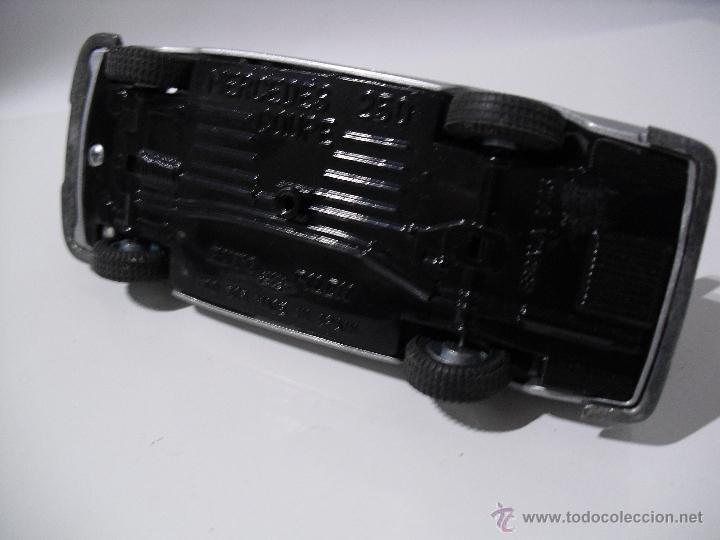 Coches a escala: Auto Pilen , Mercedes 250 coupe,Esc 1/43 - Foto 7 - 40704213