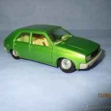 Model Cars - Antiguo RENAULT 14 en Escala 1/43 de PILEN . Año 1970s. - 48318363