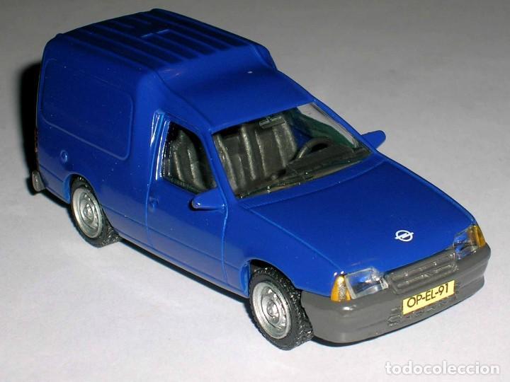 Coches a escala: Opel Kadett Kombo furgoneta, metal esc. 1/43, AHC Pilen, original año 1991. A estrenar - Foto 5 - 64516115