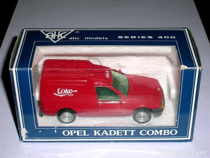 Coches a escala: Opel Kadett Kombo furgoneta Coca-Cola Coke, metal esc 1/43, AHC Pilen, original año 1991. A estrenar - Foto 2 - 64516219