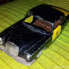 Model Cars - Auto pilen 1/43 mercedes 250 coupe taxi - 74458875
