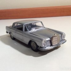 Coches a escala: MERCEDES 250 COUPE PILEN. Lote 76787363