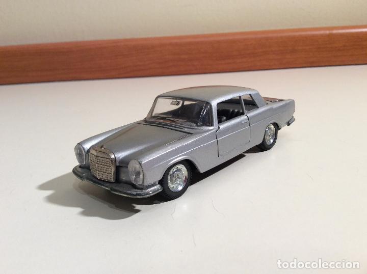 Coches a escala: Mercedes 250 Coupe Pilen - Foto 5 - 76787363
