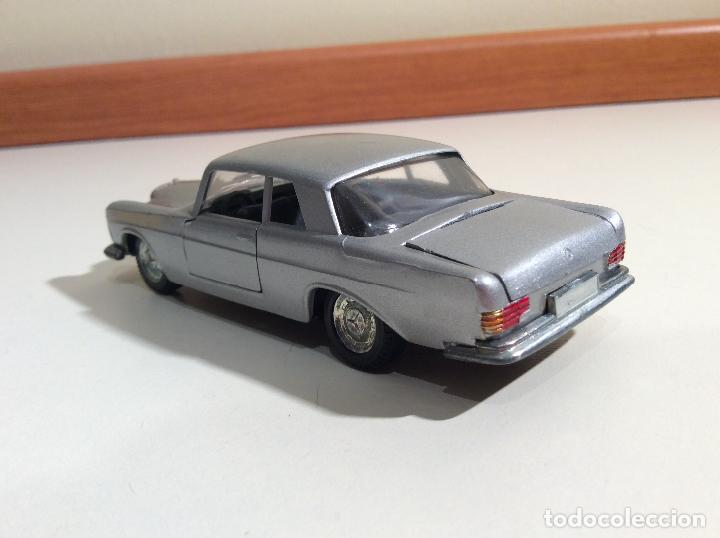 Coches a escala: Mercedes 250 Coupe Pilen - Foto 7 - 76787363