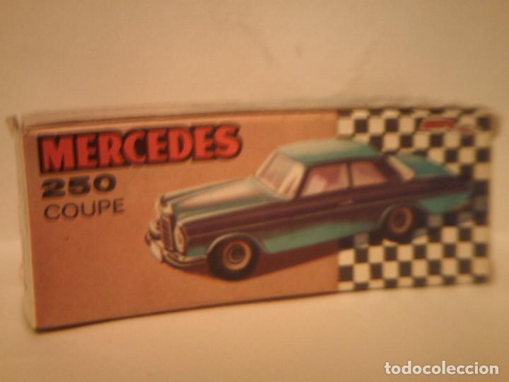 Coches a escala: Pilen,mercedes 250 coupe¨TAXI BARCELONA¨ - Foto 6 - 77541937