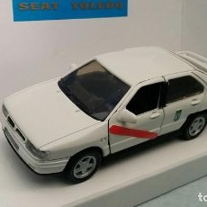 Carros em escala: SEAT TOLEDO 1º VERSIÓN TAXI DE MADRID FABRICADO POR PILEN AHC EN ESPAÑA EN 1992. NUEVO CON SU CAJA.. Lote 92158920