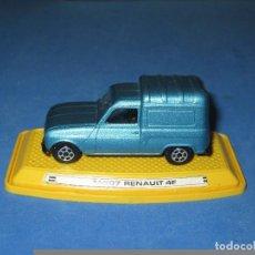 Model Cars - AUTO PILEN: RENAULT 4F CON SOPORTE ORIGINAL. - 92690820