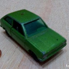 Auto in scala: PILEN, FORD FIESTA VERDE, MODELO 811. Lote 97902983