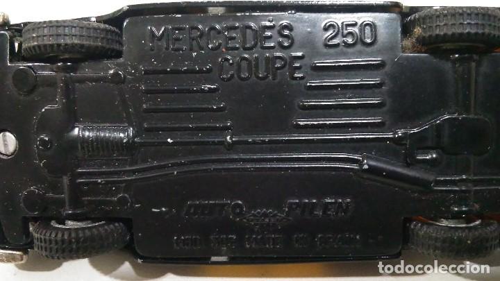 Coches a escala: PILEN TAXI DE BARCELONA MERCEDES 250 COUPÉ - Foto 13 - 112169143